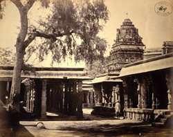 Mandapas and vimanas of the Venkataramana Temple, Tadpatri